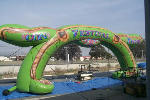 Arches & Tent Toppers giant arch