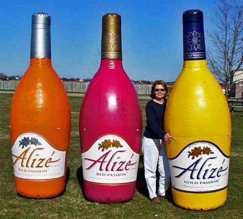 Inflatable Cans and Bottles 8' alize'