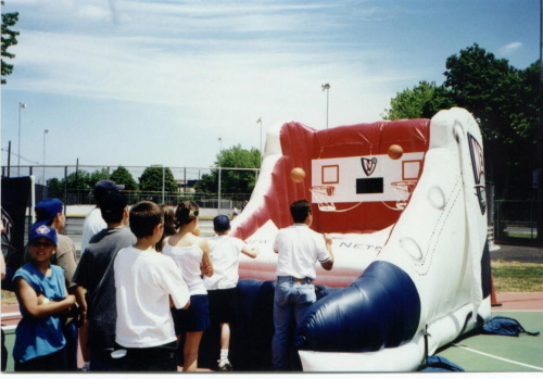 Inflatable Interactive Games basketball shoe in action